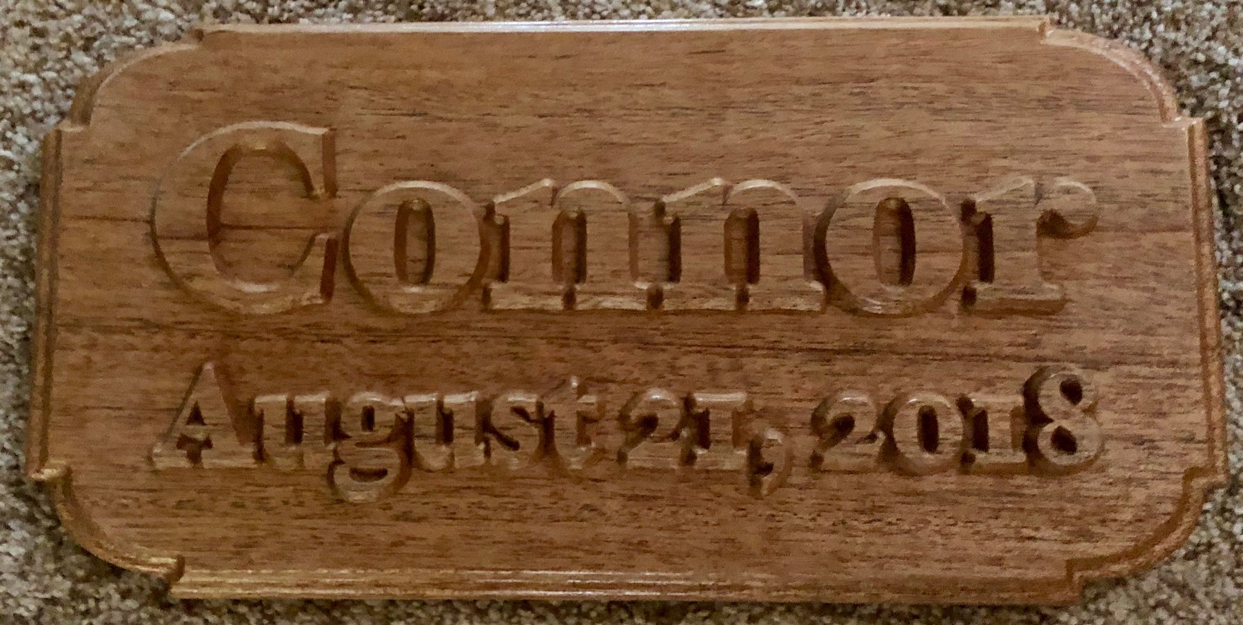 610  Family wood name sign